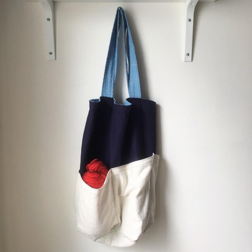 The Costa Tote from Helen's Closet –#FreeMakeFriday